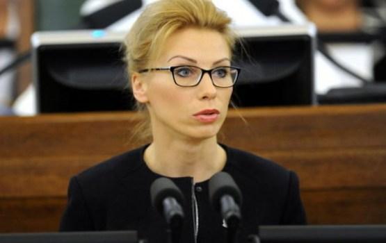М. Иванова-Евсеева прогуливает заседания думы