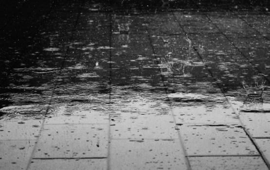 Сегодня по всей Латвии ожидаются затяжные дожди