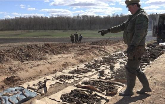 Возле дороги под Салдусом нашли останки 145 советских солдат