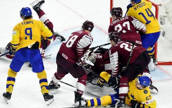 Фанаты благодарят сборную Латвии за красивую игру