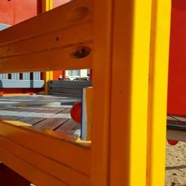 Нам пишут: ремонт площадки по-даугавпилсски