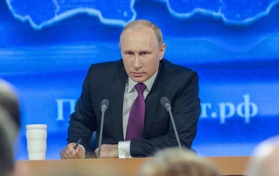 Российские футболисты сыграют без присмотра Путина