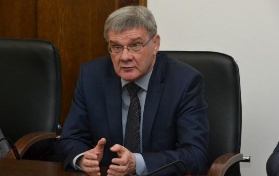 Неожиданные предложения и союзы: в Латвии началась предвыборная кампания