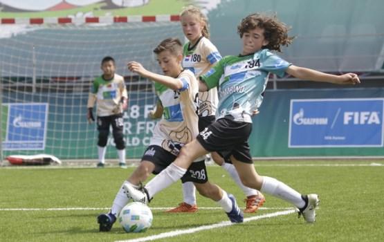 Латвийские школьники приняли участие в международном проекте Football for Friendship