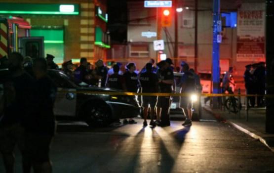 Девять человек пострадали в результате стрельбы в Торонто