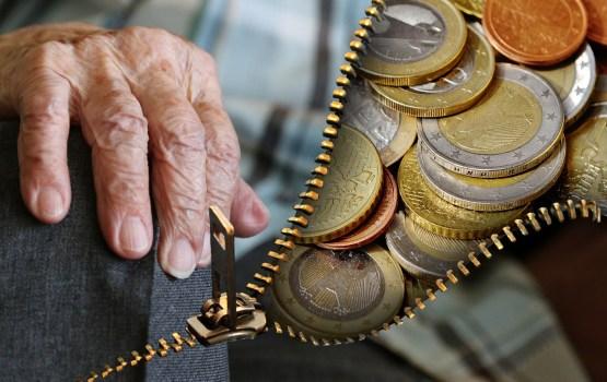 Россиянам ради пенсий придется поработать подольше