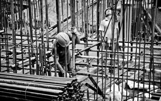 Проектировщики - ошибаются, строители – не торопятся. Почему?