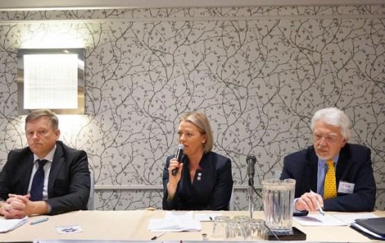 Диаспора латышей за границей обеспокоена предстоящими выборами в Сейм