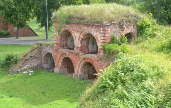 Даугавпилсскую крепость ожидает реновация (ОПРОС)