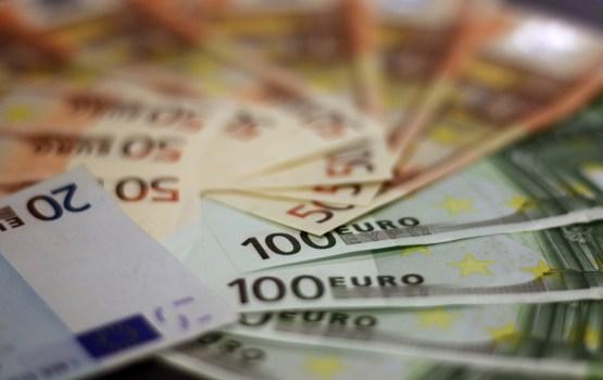 Во втором квартале годовой прирост ВВП Латвии был выше среднего в ЕС