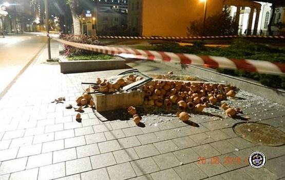 Попался на горшках: инсталляцию разбил разыскиваемый мужчина