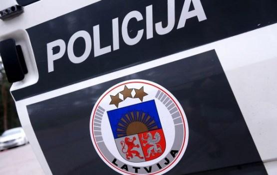 Полиция усиленно патрулирует улицы в поисках пьяных школьников