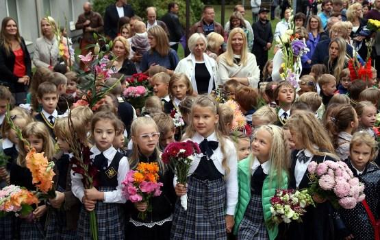 Полиция в первый школьный день установит возле школ фоторадары