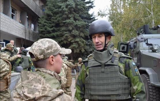 В Латвию прибывает с визитом командующий армии Швеции