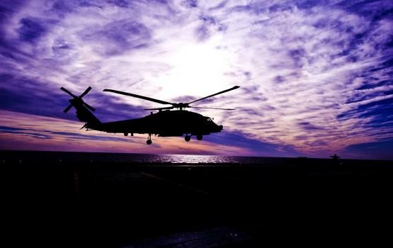Вертолетом ВВС Литвы в больницу Клайпеды доставлен латвийский военный