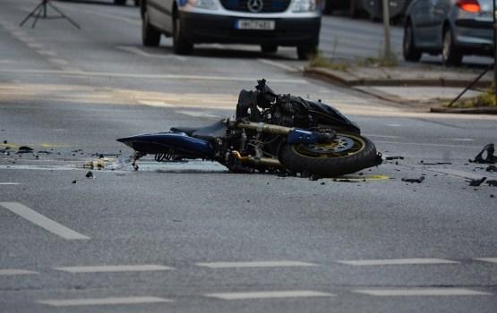 Вчера на дорогах Латвии погибли два человека, 27 получили травмы