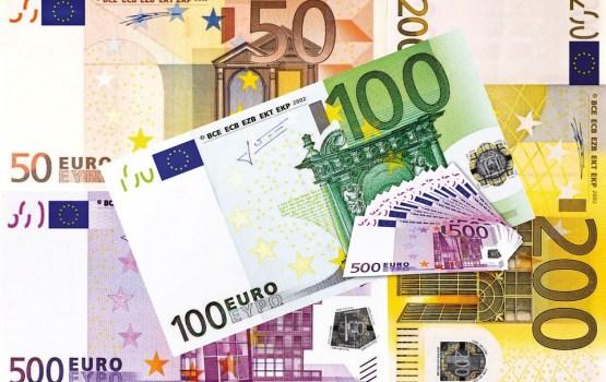 Депутаты Сейма предлагают смягчить планируемые для кредиторов ограничения