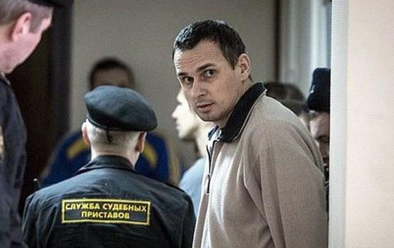 Сейм требует освобождения украинского режиссера Сенцова