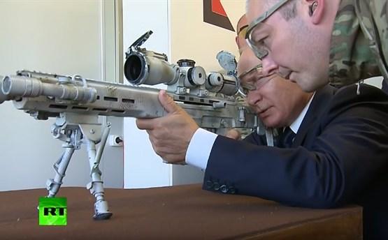 Путин пострелял из снайперской винтовки нового поколения (ВИДЕО)