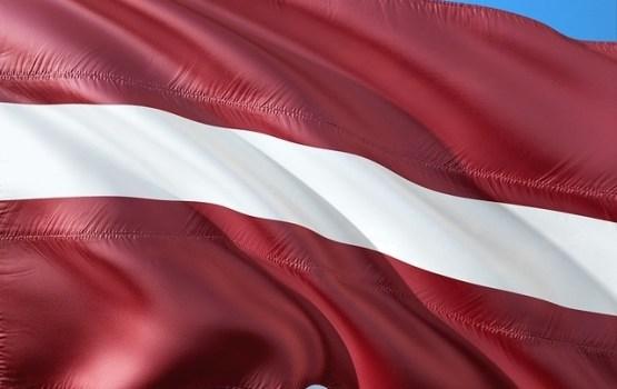 Гражданство Латвии в порядке натурализации предоставлено 61 человеку