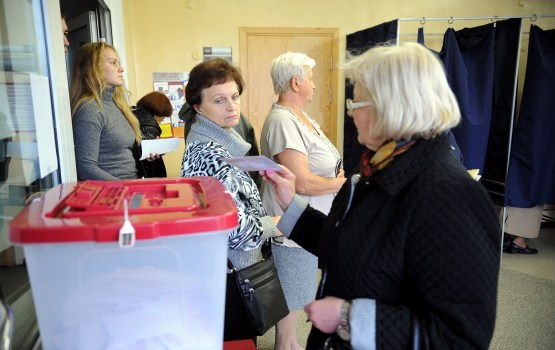Выборы в 13 Сейм: голосовать или не голосовать (ОПРОС)