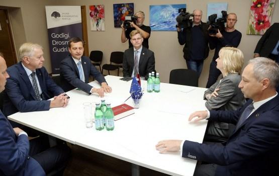 НКП при формировании нового правительства не намерена сотрудничать с СЗК