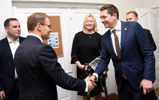 Кайминьш и Дзинтарс сошлись на вопросе о ликвидации русских школ