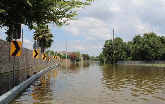 На юг Франции обрушилось сильнейшее за 120 лет наводнение