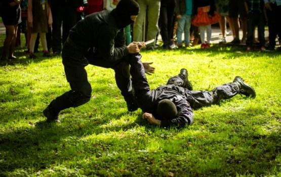 Молодежь очень слаба: полиция вновь снизит требования к физподготовке