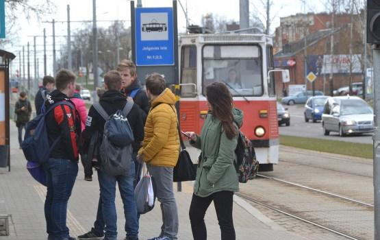 Мнение о бесплатном проезде для школьников