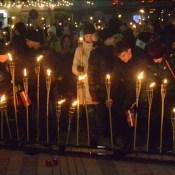 Факельное шествие сплотило горожан