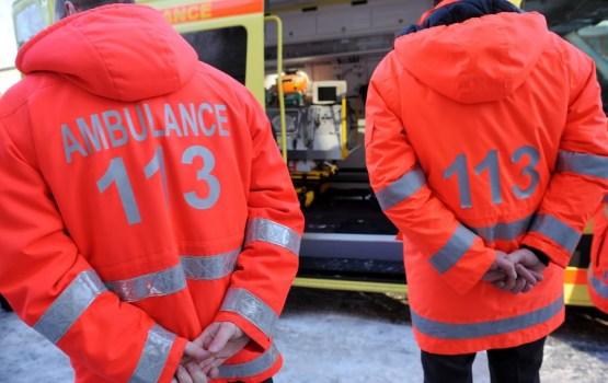 Медики скорой помощи в знак протеста прикрепят к форме черные ленты