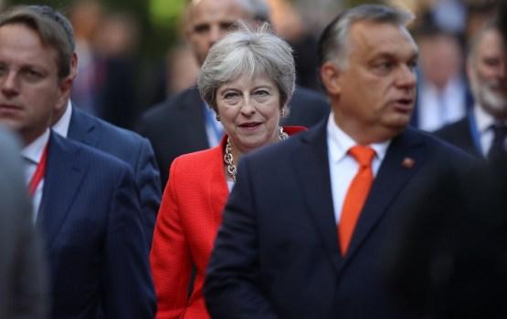 Великобритания побуждает страны ЕС ввести новые индивидуальные санкции против россиян
