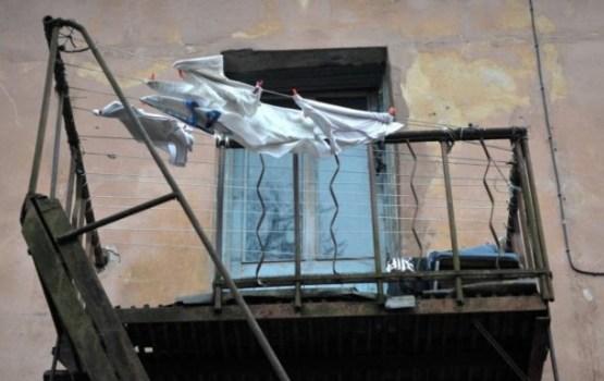 """Исследование: балконы во многих """"хрущевках"""" находятся в критическом состоянии"""