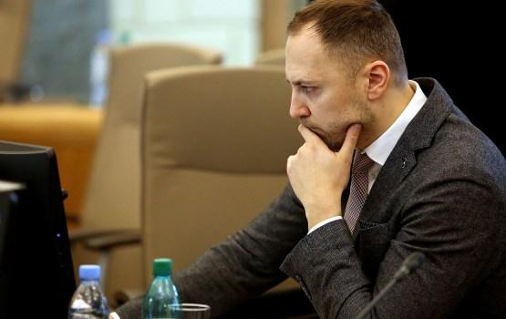 Следователям обещают повысить зарплаты до 2000 евро