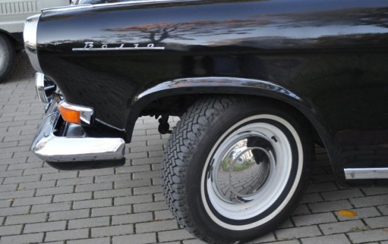Парад советских автомобилей стал особенностью даугавпилсской осени (ФОТО)