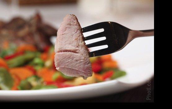 ПВС: производители мясных продуктов обманывают потребителей