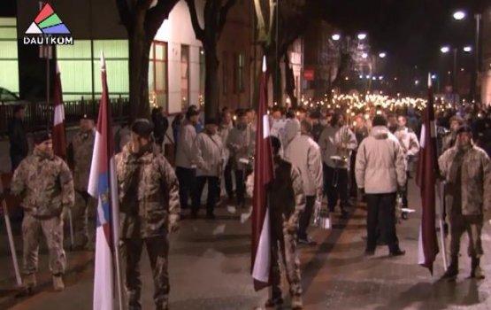 Факельное шествие в День Лачплесиса (видео)