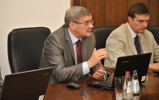 Валерий Кононов обвинил руководство думы в сведении счетов