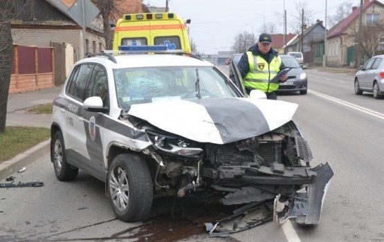 Водитель Citroen вызвал тяжёлую аварию на перекрёстке
