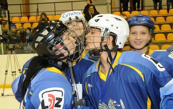 Набираются хоккейные команды для турнира «8 Марта»