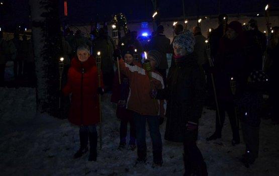 Финальный аккорд праздника – факельное шествие