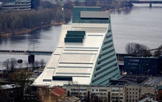 """Министерство культуры считает, что полностью рассчиталось со строителями """"Замка света"""""""
