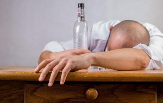 В Латвии число попросивших лечения наркоманов и алкоголиков выросло более чем на 4%