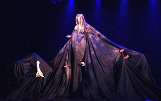 Францию ждет яркое шоу от театральной студии Даугавпилсского края