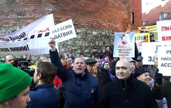 Мнение даугавпилчан: за русский язык в школах стоит бороться