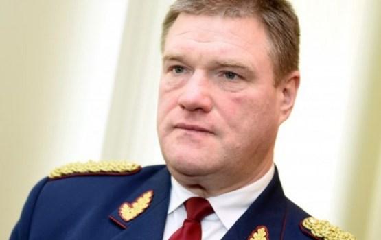 Сколько зарабатывает и на чем ездит начальник госполиции Латвии?