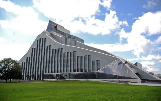 Национальная библиотека может стать новейшим памятником культуры в Латвии