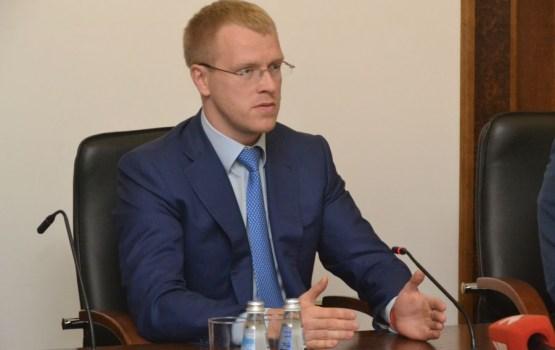 Все ради пиара: депутат променял Ругели на Зарасай