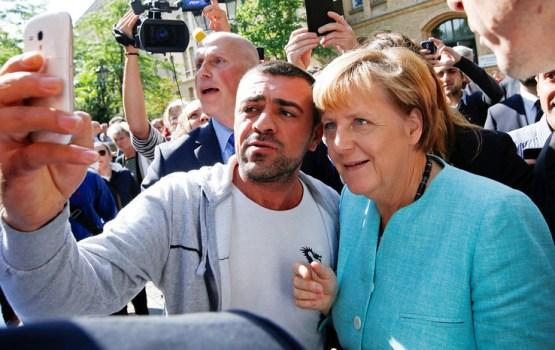 Германия уговорила Латвию и еще 13 стран ЕС оперативно принимать мигрантов обратно
